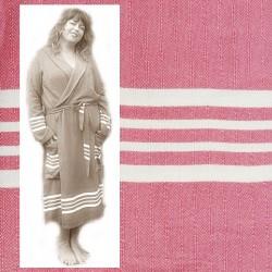 GRACE: luxe dames badjas met ruimte voor vormen vrouwelijk/stoer oud roze